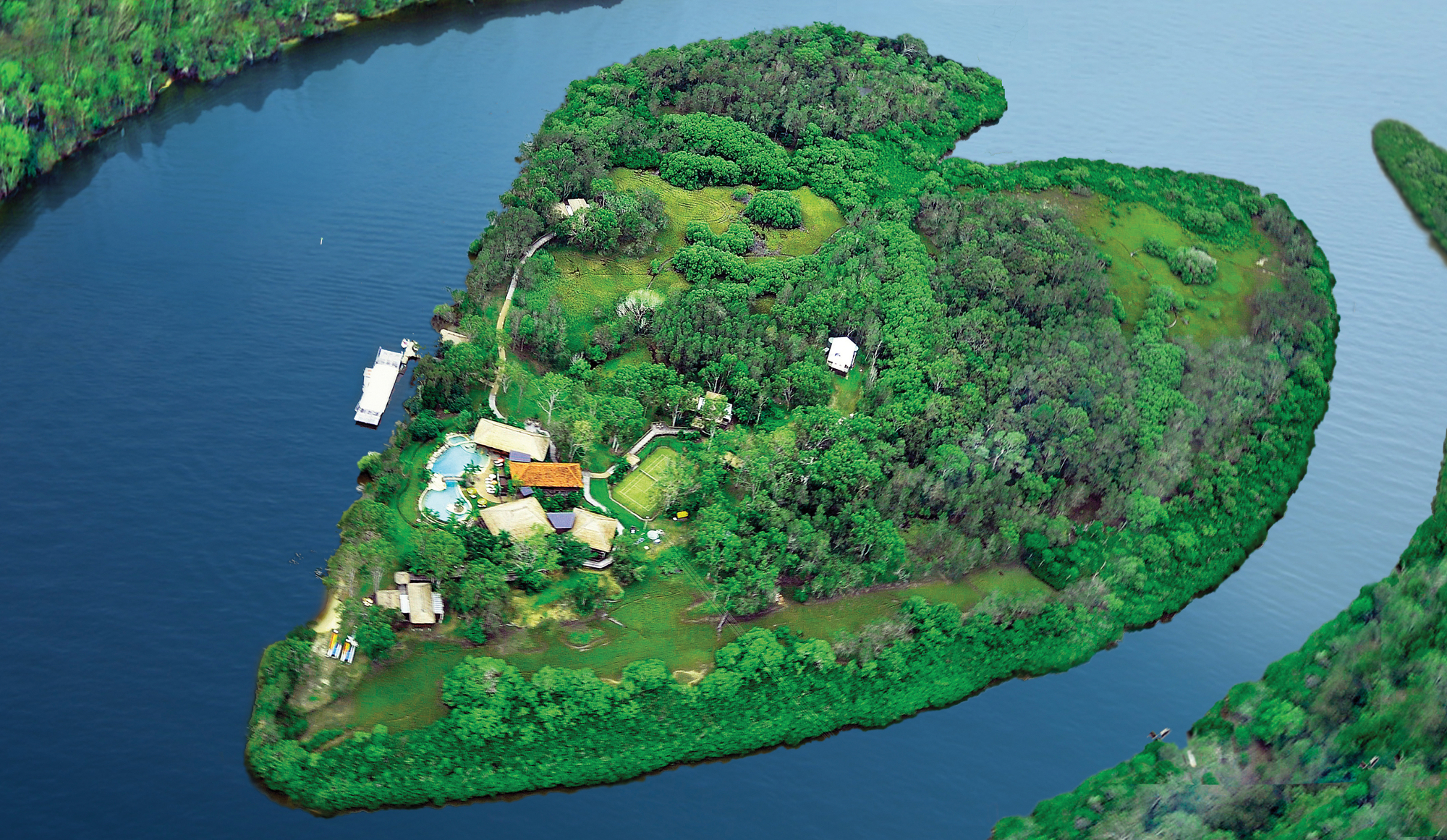 1. Makepeace Island Heart & Surrounds Aerial RGB