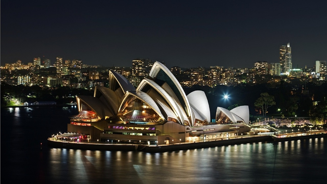 sydney-opera-house-1169155_1280