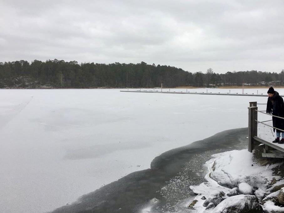 Eilidh explores the frozen landscape surrounding the Artipelag arts centre