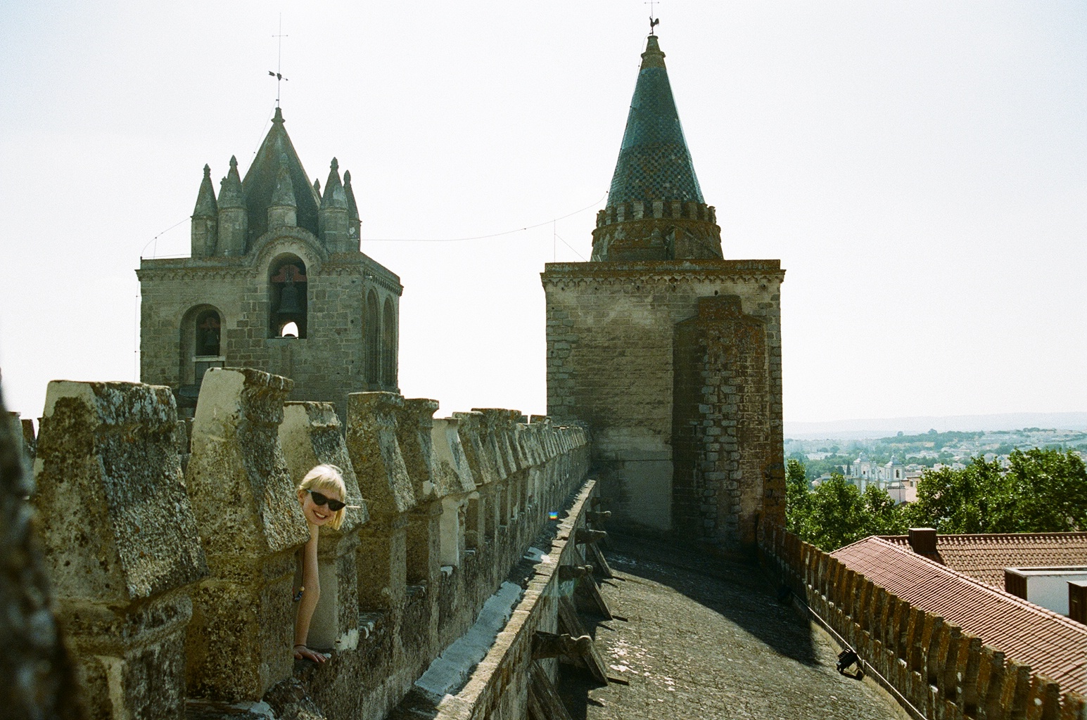 Eilidh on the roof of Évora's cathedral.